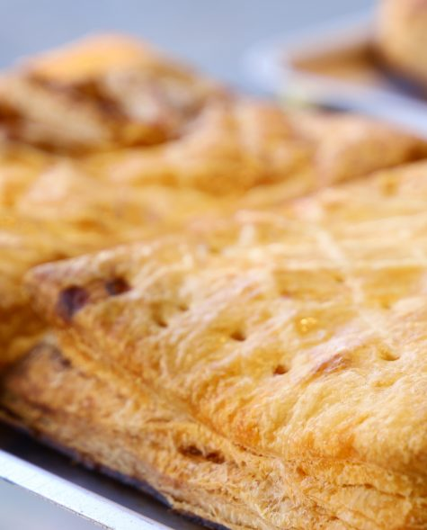 Empanada de Morcilla con cebolla confitada